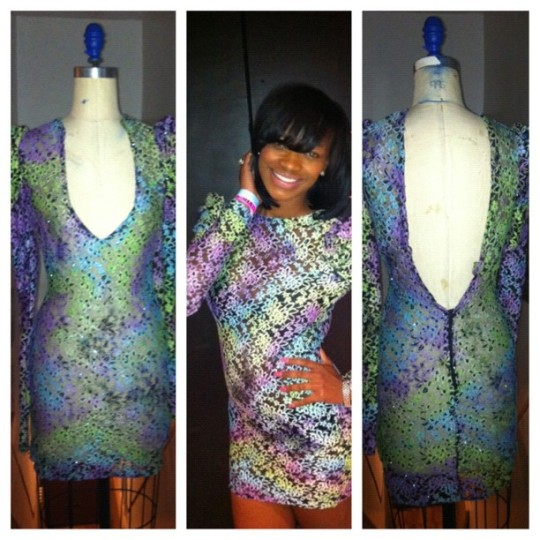 Description: Multi-color floral print lace with deep V in front and back.... Can fit Size 4/6.....